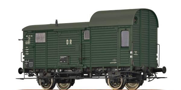BRAWA 49405 - Güterzuggepäckwagen Bauart Pwg der DR
