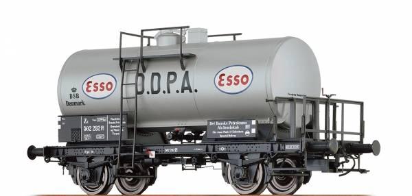 """BRAWA 48856 - Kesselwagen Bauart ZE """"Esso D.D.P.A"""" der DSB"""