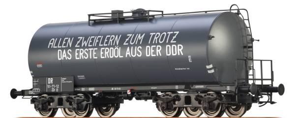 "BRAWA 67712 - Leichtbaukesselwagen Bauart Uerdingen ZZ [P] ""Erdöl"" der DR"