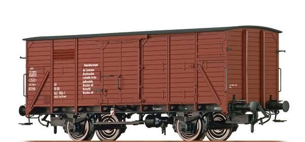 """BRAWA 49725 - Gedeckter Güterwagen 1121 """"Materialkurswagen"""" der DR"""